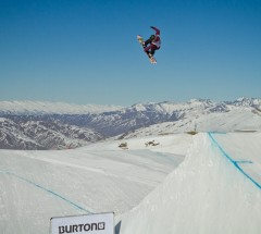 Jamie Anderson wins Burton New Zealand Open 2011