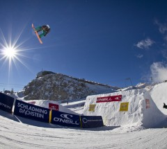 Chris Kroell during qualification at O'Neill Pleasure Jam. Photo: Roland Haschka