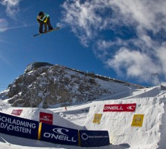 Hunter Wood during qualifications at the O'Neill Pleasure Jam. Photo: Roland Haschka