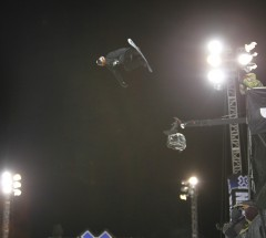 Shaun White (USA) skyhigh at Super-Pipe Finals - X Games 2013 - Photo: Gabriel Christus